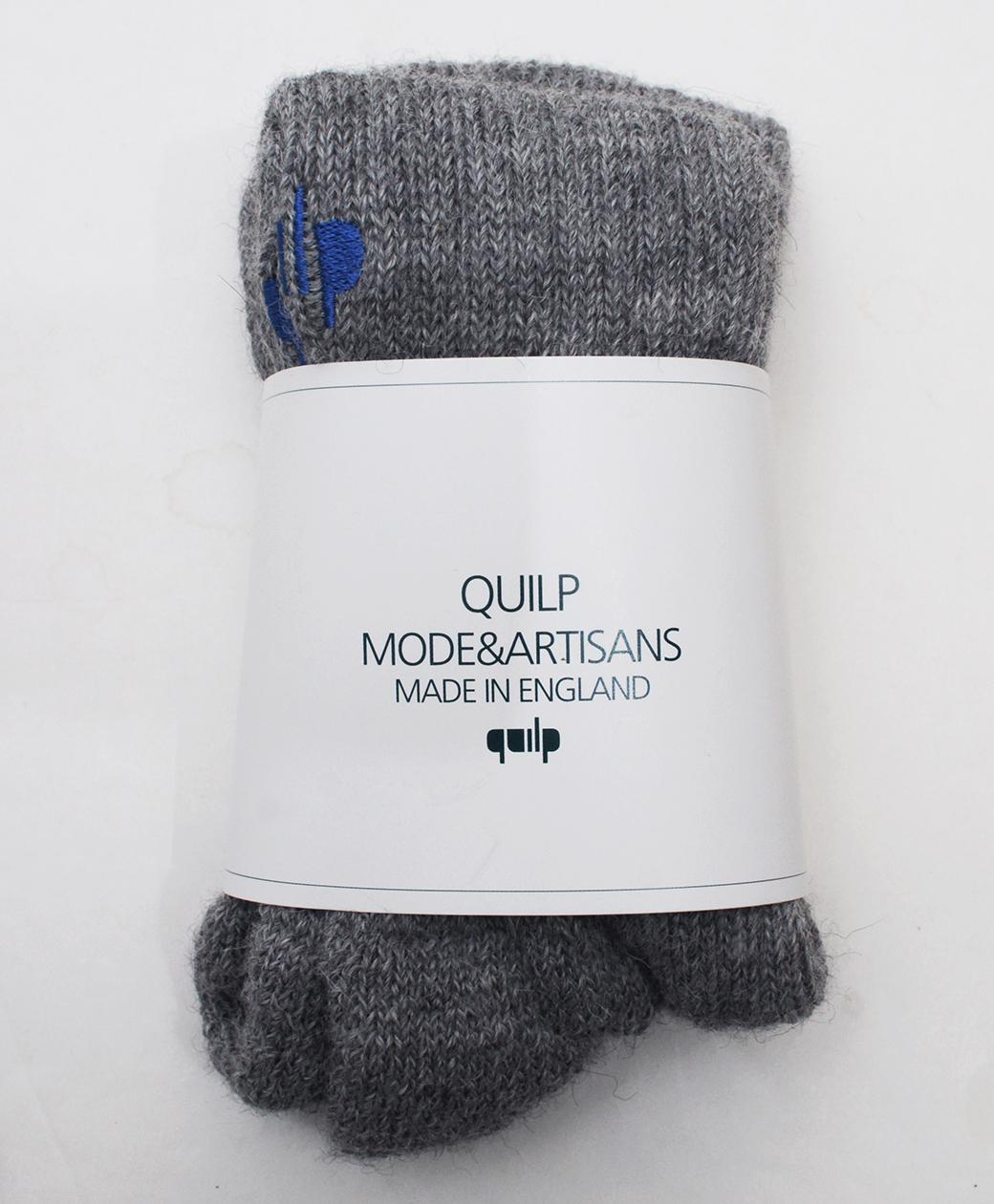 "QUILP ""E"" Alpaca Socks(GREY)"