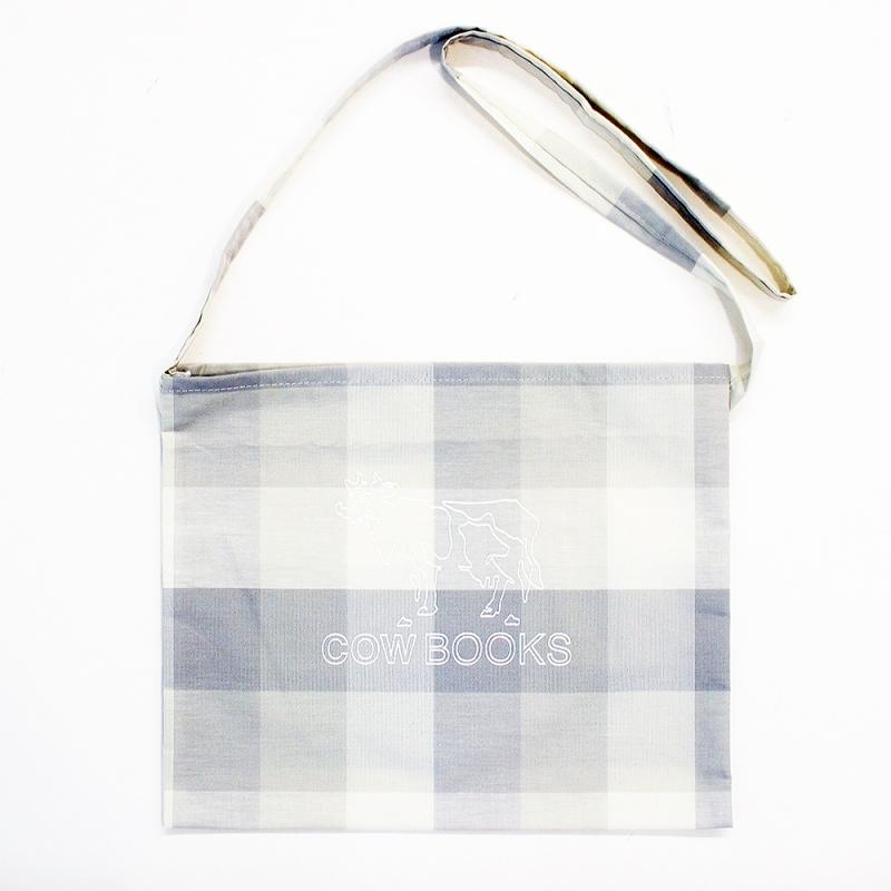 COW BOOKS Checkered Sacoche(Gray check)