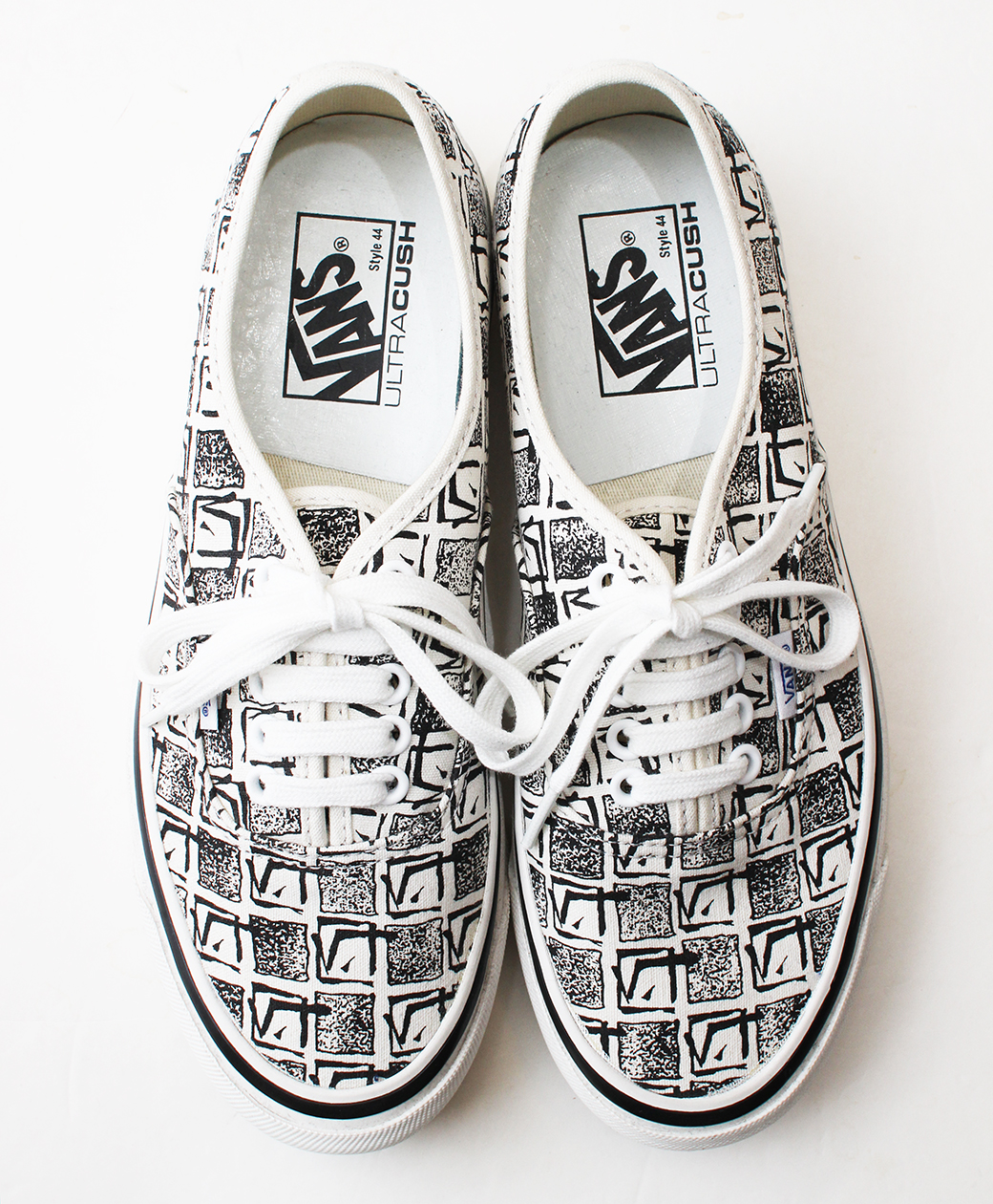 VANS Authentic 44 DX(White)
