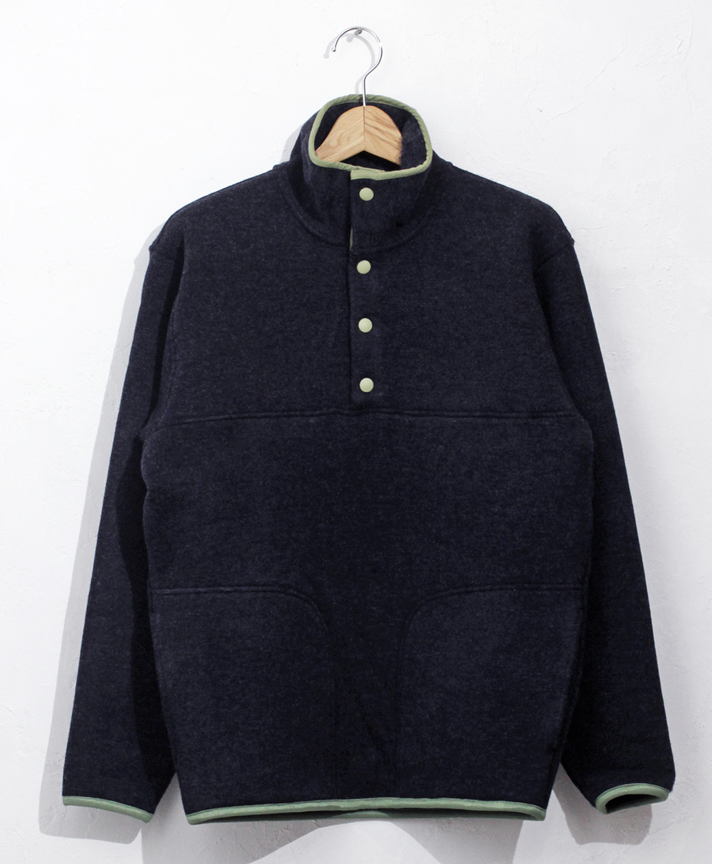 yetina 【BRANCH別注】Stand collar pullover(iron navy)