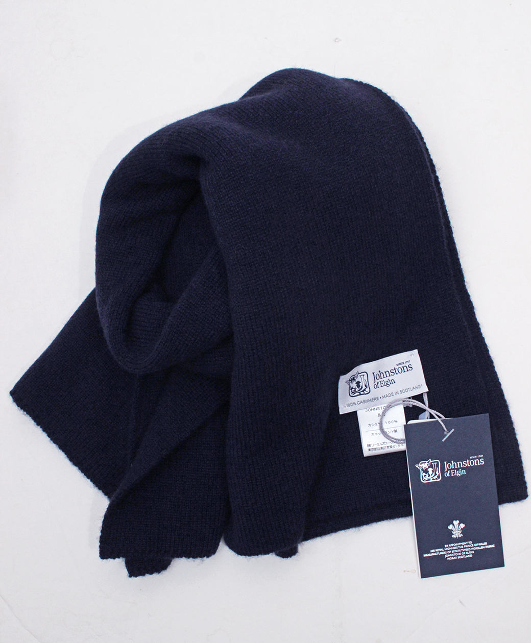 Johnstons of Elgin Short SCARF(Navy)