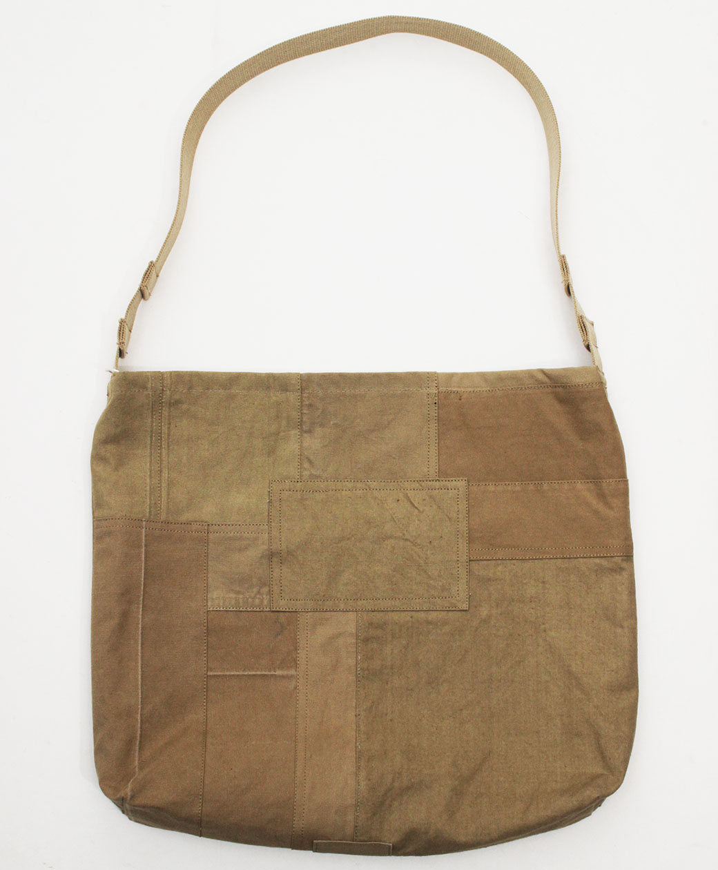 hobo COTTON FRENCH ARMY CLOTH PATCHWORK SHOULDER BAG(BEIGE)