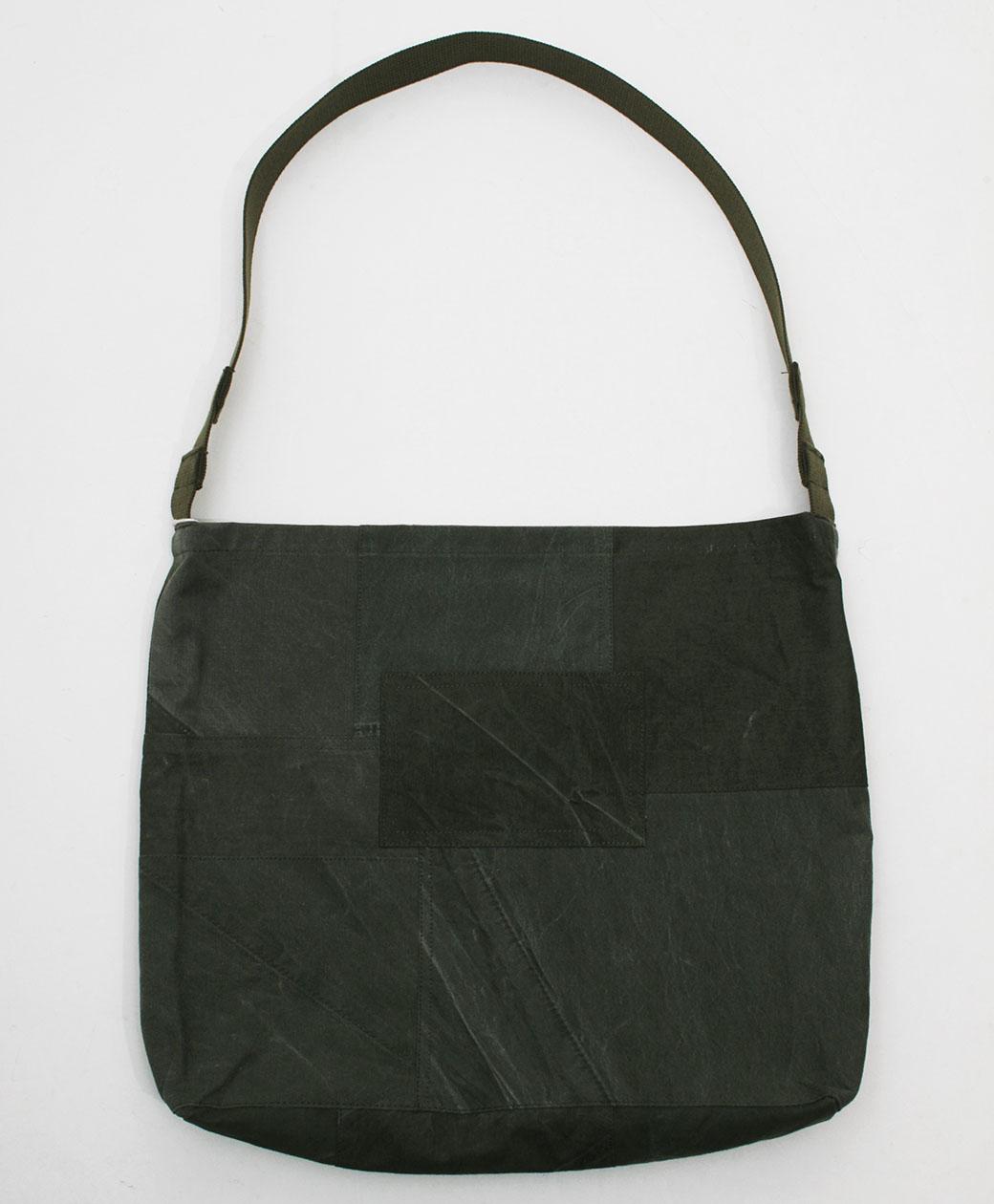hobo COTTON US ARMY CLOTH PATCHWORK SHOULDER BAG(OLIVE)