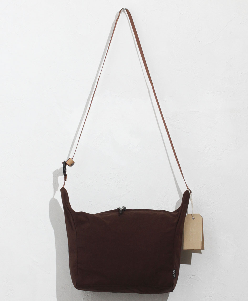 hobo NYLON TUSSAH SHOULDER POUCH(CHOCO)